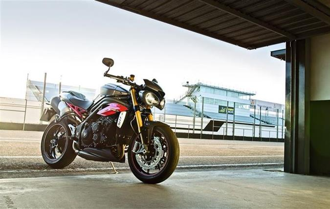 Speed Triple 2016 #01